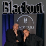 Bild: Blackout - Close-up-Zaubershow - Black Table Magic Theater