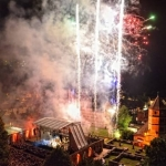 Kloster in Flammen