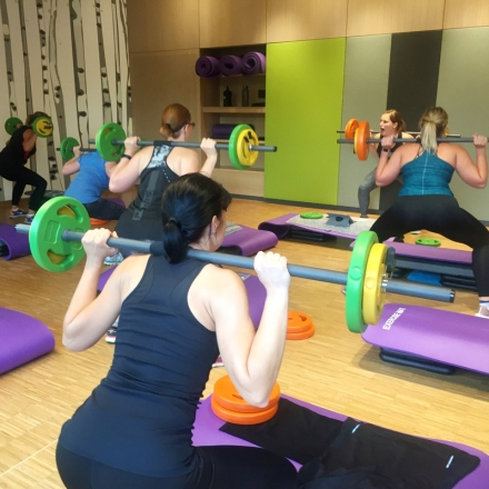 Bild: inmotion PowerPump - Langhantel-Workout
