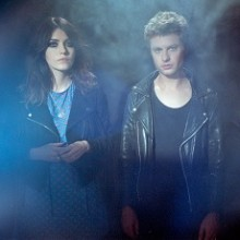 BLOOD RED SHOES - Support: TIGERCUB (UK)