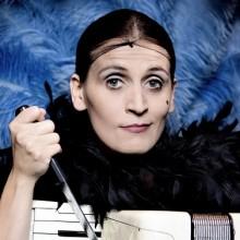 Carmela de Feo ist La Signora - 12.10. Wiesbaden | Tickets
