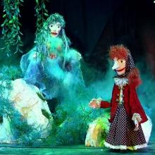 Die kleine Hexe sucht ein neues Zuhause - Nostalgisches Puppentheater