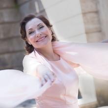 """""""Domingo Latino"""" mit Claudia Carbo - Latin Rhythmen und Lebensfreude im Theater im Pariser Hof in Wiesbaden, 24.02.2019 - Tickets -"""