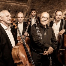Bild: Giora Feidman & Rastrelli Cello Quartett - Feidman Plays Beatles