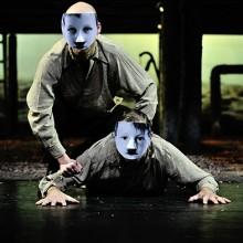 JENSEITS VON EDEN - Schauspiel von John Steinbeck mit Carsten Klemm u.a.
