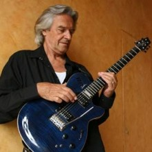 Bild: John McLaughlin & The 4th Dimension
