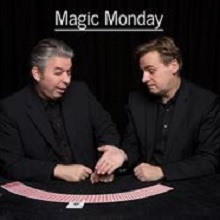 Bild: Magic Monday - Round Table Zaubershow