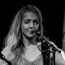 Melanie Dekker - The Songbird from Vancouver
