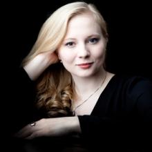 Nadia Singer - spielt französische Konzertwalzer aus einhundert Jahren in Nürnberg, 23.11.2017 - Tickets -