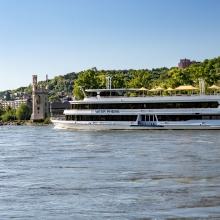 Silvester auf dem Rhein - Schiffahrt