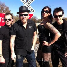 THE MAHONES - Support:  RENO DIVORCE