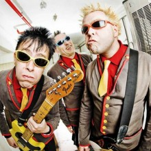 The Toy Dolls - Support: SO WHAT