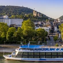 Winzer und Wein auf dem Rhein auf der MS Rhenus