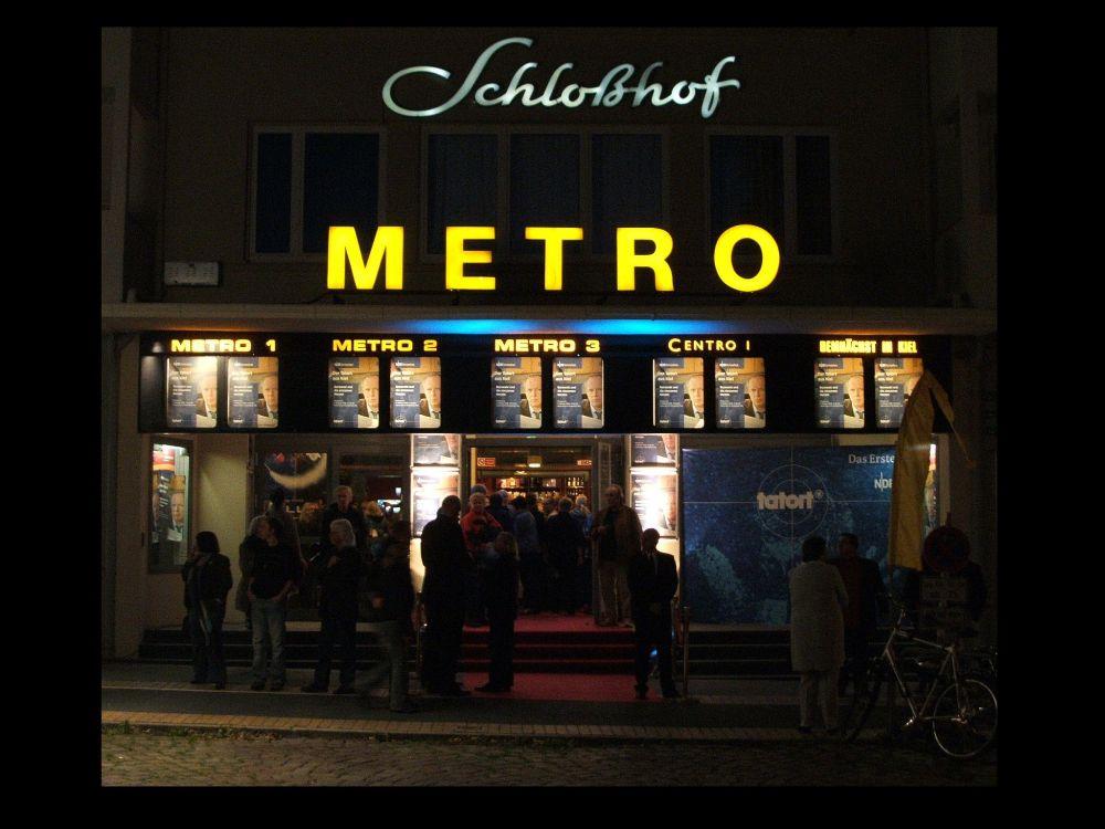 Metro Schloßhof